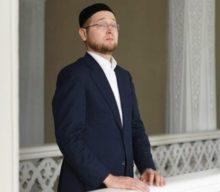 От имени Духовного Управления мусульман Москвы сердечно поздравляем с наступлением светлого праздника Ураза-байрам!