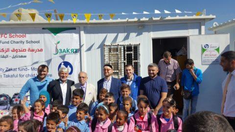 Муфтий Москвы принял участие в открытии школы в лагере для беженцев