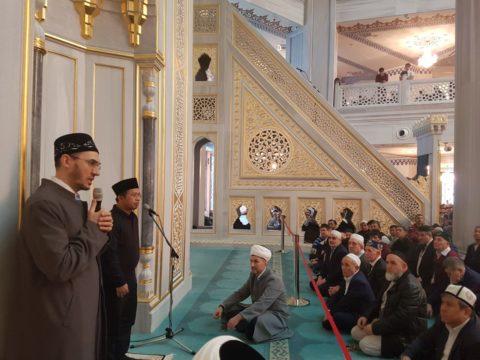 Московскую Соборную мечеть посетили почетные гости из Индонезии и Сирии
