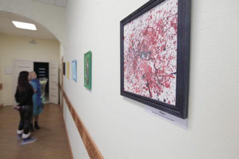 Выставка художницы Анжелики Заозерской