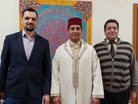 Известный марокканский чтец, хафиз, шейх Фадыйль Бушайб посетил КЦ «Дар»