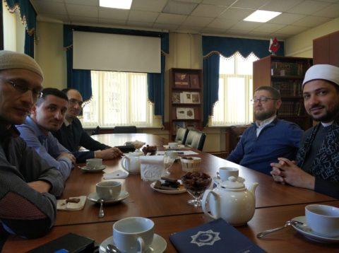 Преподаватель университета аль-Азхар прочитал лекцию в КЦ «Дар»