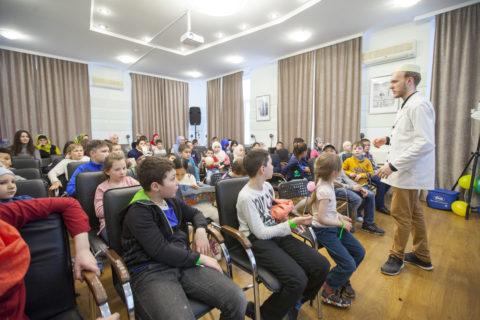 В Культурном центре «Дар» состоялся детский праздник «Пути супергероев»