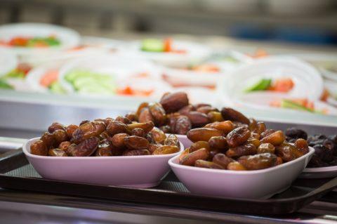 В «Шатре Рамадана» состоялся вечер халяльного питания