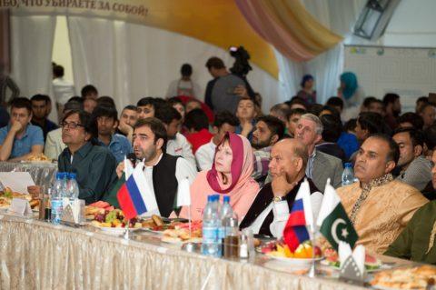 В «Шатре Рамадана» состоялся вечер Землячества пакистанцев в России