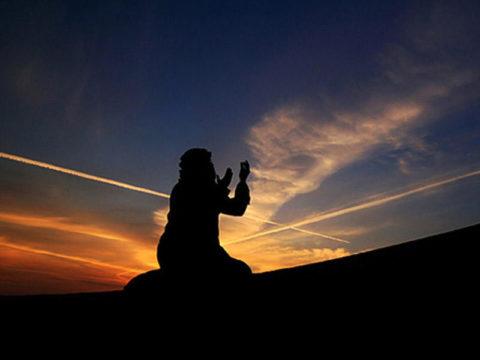 О том, как Пророк поклонялся Аллаху