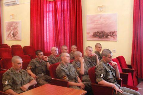 Хаджимурад Адухов провел внеплановую встречу с военнослужащими
