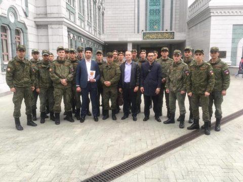 В Московской Соборной мечети состоялась  экскурсия для военнослужащих