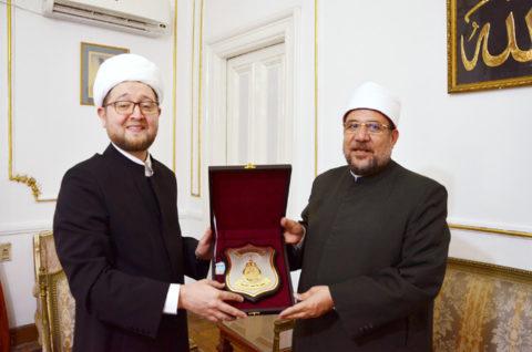 Ильдар Аляутдинов встретился с министром по делам религии Египта Мухаммадом Мухтаром Джумаа