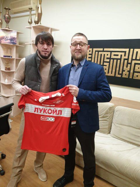 КЦ «Дар» посетил игрок ФК «Спартак» Ризуан Мирзов.