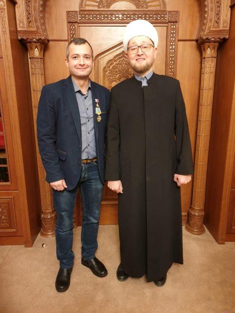 В Московской соборной мечети состоялось награждение орденом «За Заслуги» пилота Дамира Юсупова
