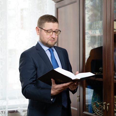 Ильдар Аляутдинов поздравил учителей с профессиональным праздником