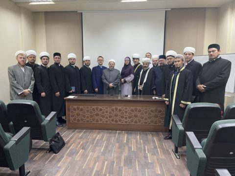 В Каире стартовали курсы повышения квалификации для членов Совета улемов ДУМ РФ